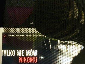 Poster zfilmu dokumentalnego Tylko nie mów nikomu